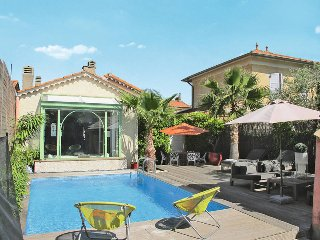 4 bedroom Villa in Sainte-Maxime, Provence-Alpes-Côte d'Azur, France - 5436079