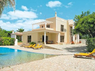 4 bedroom Villa in Quatrim do Sul, Faro, Portugal : ref 5434705