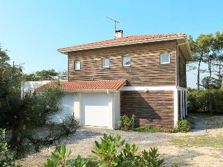 5 bedroom Villa in Moliets-et-Maa, Nouvelle-Aquitaine, France : ref 5434969