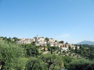 4 bedroom Villa in Chateauneuf-Grasse, Provence-Alpes-Cote d'Azur, France : ref