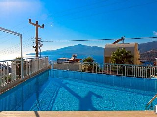 Kalkan Villa Sleeps 10 with Pool - 5433251
