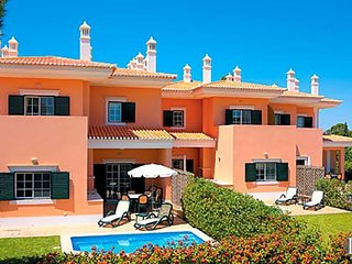 2 bedroom Villa in Quinta do Lago, Faro, Portugal : ref 5433230