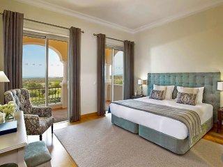 3 bedroom Villa in Tavira Municipality, Faro, Portugal : ref 5433228
