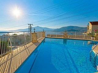 Kalkan Villa Sleeps 10 with Pool - 5433187