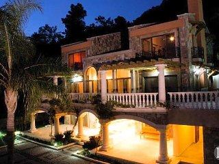 Gocek Villa Sleeps 12 with Pool Air Con and WiFi - 5433099