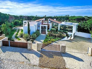 6 bedroom Villa in Vilamoura, Faro, Portugal : ref 5433094