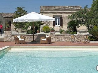 3 bedroom Villa in Ragusa, Sicily, Italy : ref 5433088