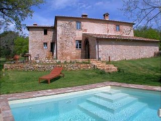 3 bedroom Villa in Siena, Tuscany, Italy : ref 5433054