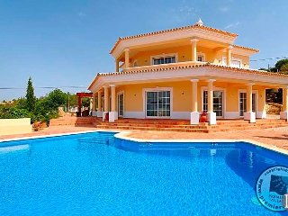4 bedroom Villa in Almancil, Faro, Portugal : ref 5433041