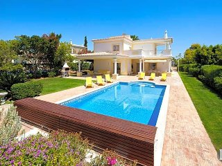 Torralta Villa Sleeps 6 with Air Con and WiFi - 5432994