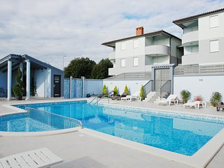 HOLIDAY APARTMENT WITH SWIMMING POOL 5
