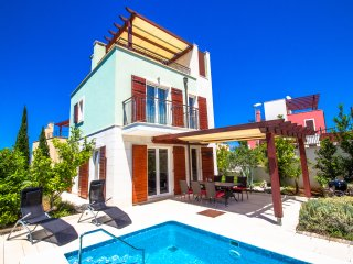 Villa with heated pool on island Brač, Adriatic Luxury Villas