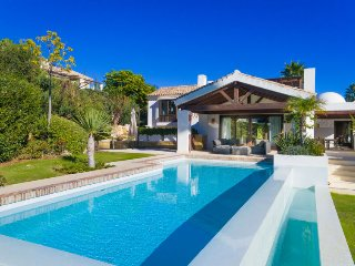 6 bedroom Villa in Marbella, Andalusia, Spain : ref 5427243