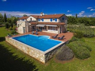 4 bedroom Villa in Visignano, Istarska Županija, Croatia : ref 5426579
