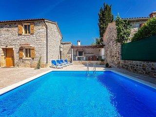 2 bedroom Villa in Kanfanar, Istarska Zupanija, Croatia : ref 5426570