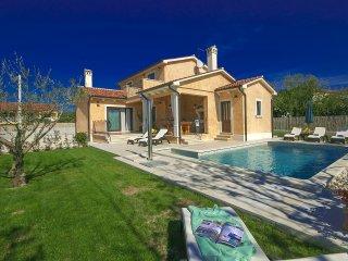3 bedroom Villa in Vrsar, Istarska Županija, Croatia : ref 5426550