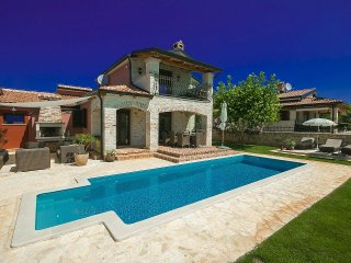 4 bedroom Villa in Frata, Istria, Croatia - 5712760