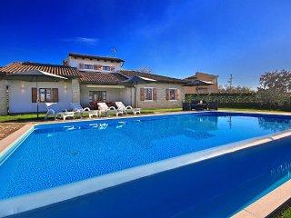 3 bedroom Villa in Visignano, Istarska Županija, Croatia : ref 5426537