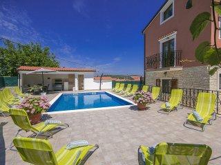 6 bedroom Villa in Rovinj, Istarska Županija, Croatia : ref 5426499