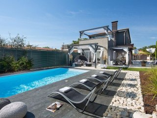 4 bedroom Villa in Porec, Istarska Zupanija, Croatia : ref 5426410