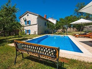 4 bedroom Villa in Visignano, Istarska Županija, Croatia : ref 5426408