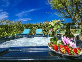 2 bedroom Villa in Vabriga, Istarska Zupanija, Croatia : ref 5426401