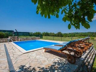 2 bedroom Villa in Buje, Istarska Zupanija, Croatia : ref 5426398