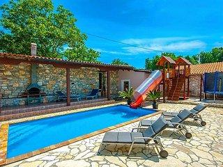 4 bedroom Villa in Tinjan, Istarska Zupanija, Croatia : ref 5426394