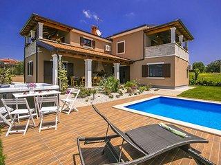 3 bedroom Villa in Tinjan, Istarska Županija, Croatia : ref 5426385