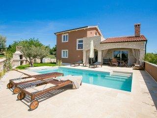 4 bedroom Villa in Labinci, Istarska Zupanija, Croatia : ref 5426384