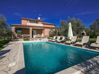 3 bedroom Villa in Labinci, Istarska Zupanija, Croatia : ref 5426381