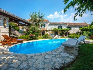 4 bedroom Villa in Kanfanar, Istarska Zupanija, Croatia : ref 5426376
