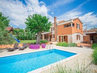 3 bedroom Villa in Porec, Istarska Zupanija, Croatia : ref 5426349