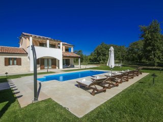 4 bedroom Villa in Porec, Istarska Zupanija, Croatia : ref 5426332