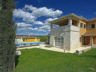 4 bedroom Villa in Porec, Istarska Zupanija, Croatia : ref 5426321