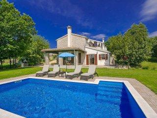 3 bedroom Villa in Buzet, Istarska Zupanija, Croatia : ref 5426319