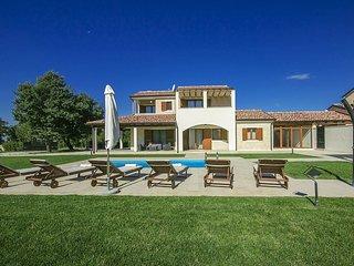 3 bedroom Villa in Porec, Istarska Zupanija, Croatia : ref 5426317