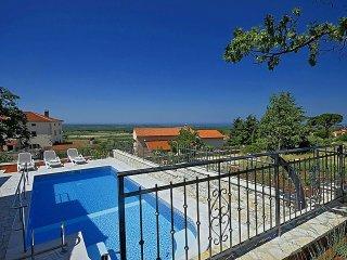 3 bedroom Villa in Visignano, Istarska Zupanija, Croatia : ref 5426311