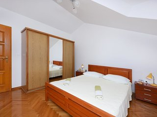 3 bedroom Villa in Raslina, Šibensko-Kninska Županija, Croatia : ref 5416024