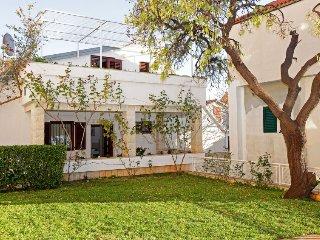 4 bedroom Villa in Bol, Splitsko-Dalmatinska Zupanija, Croatia : ref 5401984