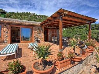 2 bedroom Villa in Porto Santo Stefano, Tuscany, Italy : ref 5401889