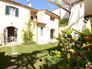 3 bedroom Villa in L'Aiale, Tuscany, Italy : ref 5398596