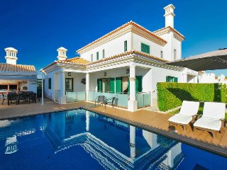 4 bedroom Villa in Sesmarias, Faro, Portugal - 5398098