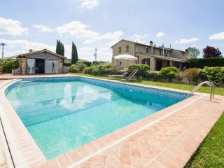 3 bedroom Villa in Colle di Val d'Elsa, Tuscany, Italy : ref 5395789