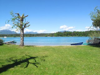 Finkenstein am Faaker See Holiday Home Sleeps 6 with Free WiFi - 5394159