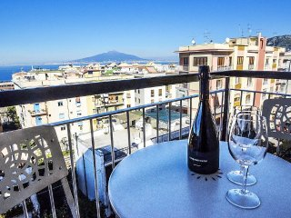 2 bedroom Apartment in Sorrento, Campania, Italy : ref 5393007