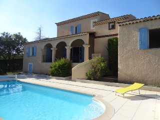 3 bedroom Villa in Saint-Saturnin-lès-Apt, Provence-Alpes-Côte d'Azur, France :