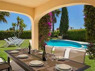 3 bedroom Villa in Porches, Faro, Portugal : ref 5392662