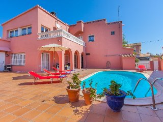 5 bedroom Villa in Empuriabrava, Catalonia, Spain - 5697919