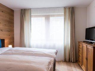 Gerschnialp Apartment Sleeps 6 with WiFi - 5365285